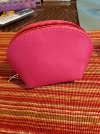 Avon breast cancer awareness nesting bags