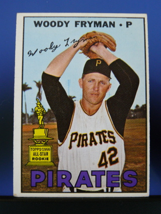 1967 Topps #221 Woody Fryman w/ All Star Gold Rookie Cup
