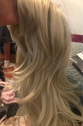 New blonde layered wig