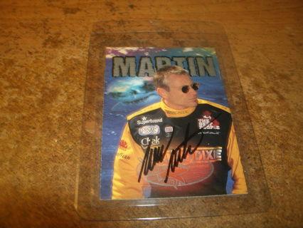MT-AUTOGRAPHED MARK MARTIN NASCAR 1997 WHEELS INSERT CARD#27-RACE SHARKS-WINN-DIXIE