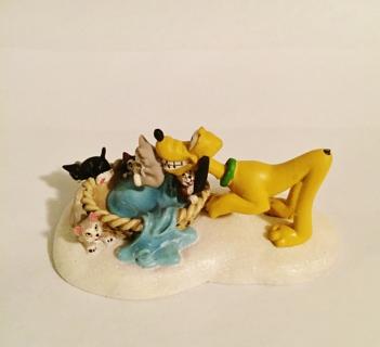 Cute Disney Pluto And Kittens Department 56 Figurine   2011