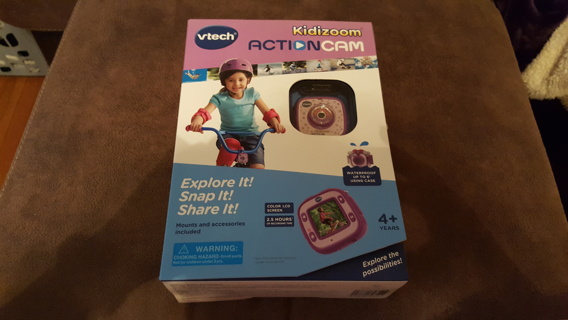 BNIB Kidizoom action cam by vtech