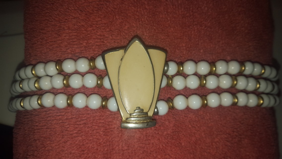 ♡♡Beautiful antique necklace must see free shipping ♡♡