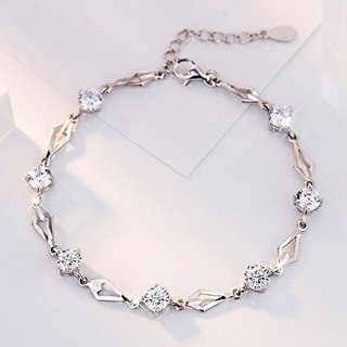 New Fashion Infinity Bracelets for Women with Crystal Stones Charms Women's Bracelet Engagement