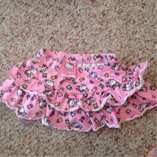 Hello Kitty Skirt 6 Months+ bonus outfits