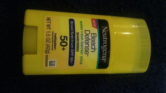 Brand new Neutrogena Helioplex broad-spectrum uva/uvb sunscreen 50 + SPF