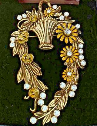 Gabriella Mariotti Brooch yellow gold black enamel All My Baskets flower box NWT