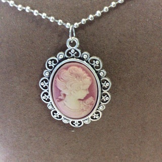 Pink Cameo Necklaces  with a Chain.