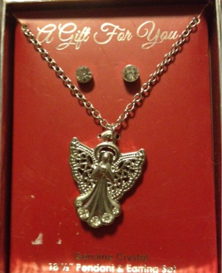 Genuine Crystal earrings and Angel necklace ¡perfect for Christmas¡