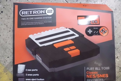Retron 2 NES/SNES Console