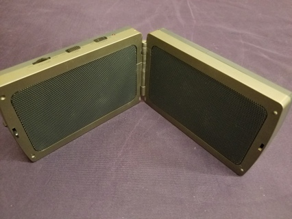 Radio Shack Amplified Speaker System Fold-Up Portable w/Free Shipping