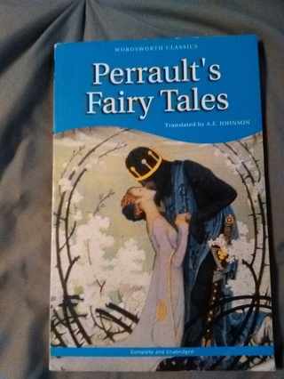"""Perrault's Fairy Tales"" -- Paperback Book -- Excellent Condition!!"