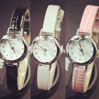 Fashion Women Watch Geneva Lady Wrist Watch Leather Band Quartz Analog