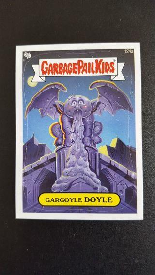 Topps 2013 Garbage Pail Kid Sticker Card #124a • GARGOYLE DOYLE • See Photos