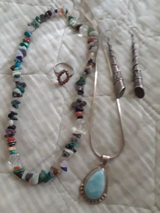 ☆》Amazing-Growing- Silver & Stone 《☆ Jewelry Auction!