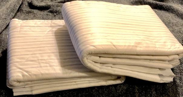 """2 Brand New Heavy Protection+ Deluxe Bed Protection Pads. Size 35"""" x 21""""."""