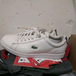 Lacoste sneakers size 6