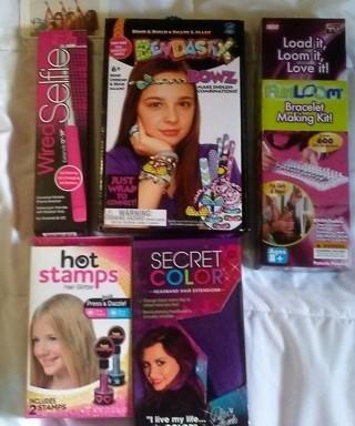 New Teens/Girls Wired Selfie Stick,Bendastix Bowz,Hot Stamps,Purple Hair Extensions