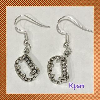 ☠️Vampire Teeth / Fangs Earrings ☠️Halloween Jewelry ~ New!!!