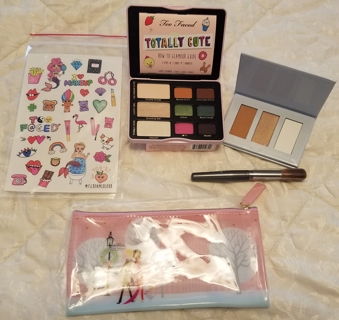 10 Day Growing Auction! Starting w/ Too Faced Totally Cute Palette & Ulta Bronze/Highlight Palette!