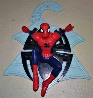 """2012 Marvel Spider-Man small all-plastic wall decoration - no moving parts - 6 1/2"""" X 5 1/4"""""""