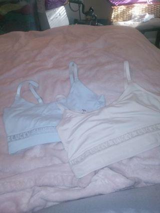 2 women small sport bra by Lucky brand size S