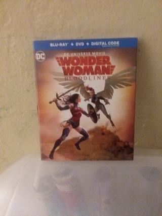 NEW Wonder Woman Bloodlines BLU-RAY + DVD + DIGITAL CODE