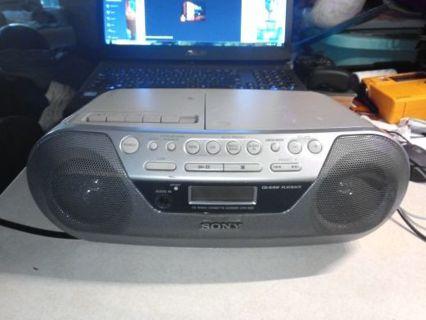Sony CFD-S05 CD/Headphone Jack/CD-R Playback/Radio/CD-RW