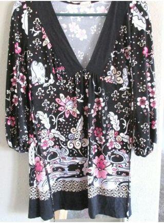 Cool, Dressy, & Soft flower tunic