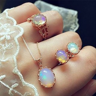 4 Pcs/set Women Fashion Opal Gem Oval Geometric Gold Necklace Set Temperament Wedding Party Jewelry
