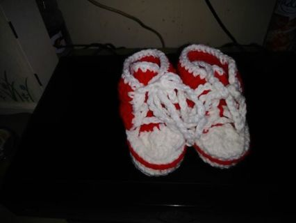 Crocheted baby sneakers FREE SHIPPING