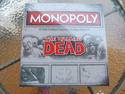 NEW The Walking Dead Monopoly Survival Edition