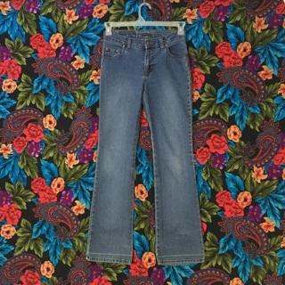 Women's jordache blue jeans size 3/4 jean pants Jordache
