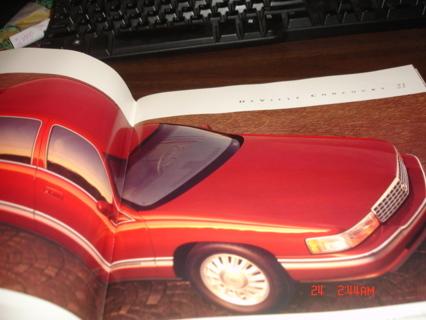 1994 cadillac sales  brochure,  mint cond  in original  mailer.box1.collectible.