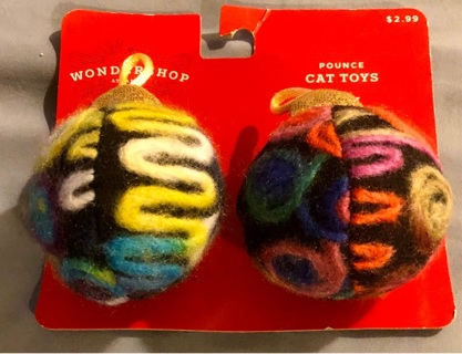 BNIP Two Multi Colored Yarn Covered Balls W/ Inside Bells! POUNCE Cat Toys