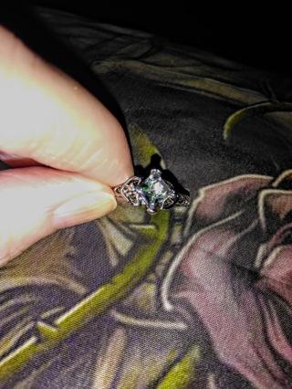 Pretty ring size 10