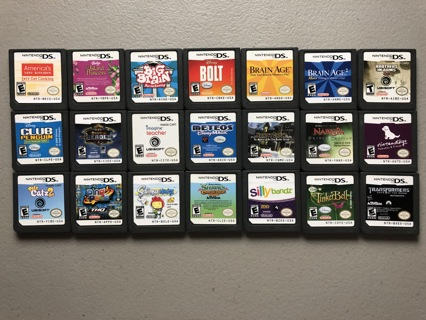 Assortment of 21 Nintendo DS Games