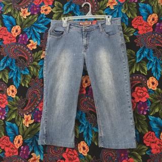 women's Capris Blue Jeans