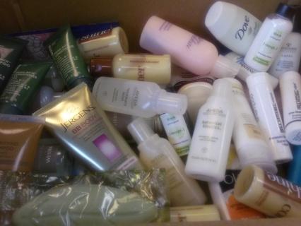HUGE Bath & Body Shampoo Conditioner Lotion & Like Lot Fekkai Paul Mitchell Aveda & More BONUS w GIN