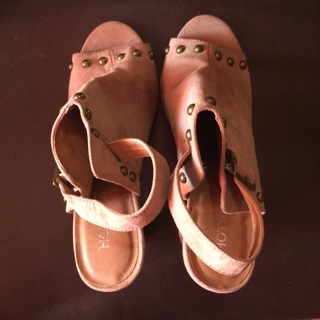 Brand New Pair of Shoes Size 8 1/2