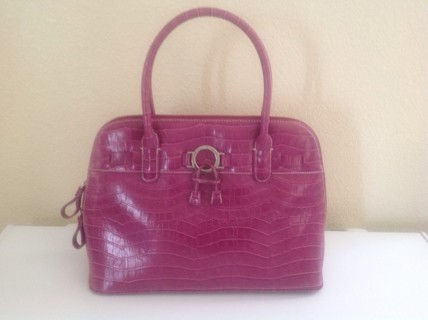 Free Gorgeous Pink Cl America Handbag Purse Gin Get 2 Full Size Bath And Body Work Products