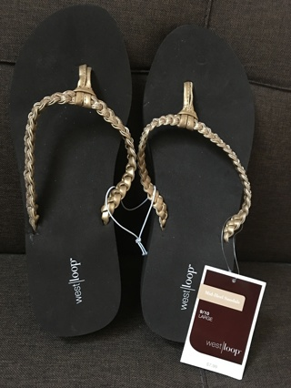 Women's Flip-Flops size Large 9-10 NEW