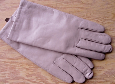 Ivory Leather S/M Tech Touch Gloves THINSULATE Driving Wrist