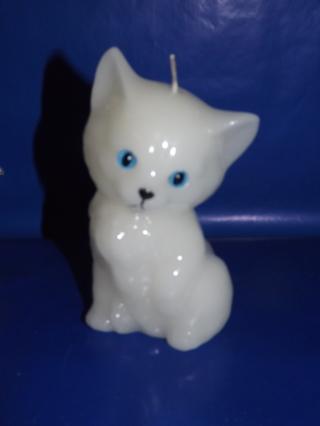 """Vintage White Cat With Blue Eyes Wax Candle Sculpture 6"""" X 3"""""""