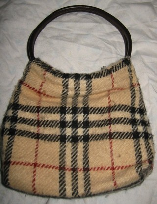 fc07036176b6 Free  Auth Vintage Burberry of London Made In England Small Alpaca ...