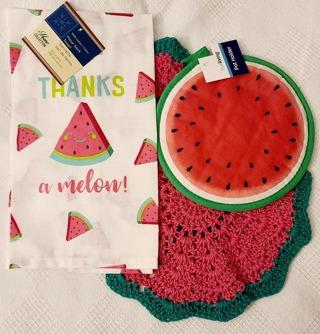 "Crochet 2 - 9"" Dish Cloth/Wash Cloths/1 EVERYDAY FLOUR SACK TOWEL/ 1 Pot holder"