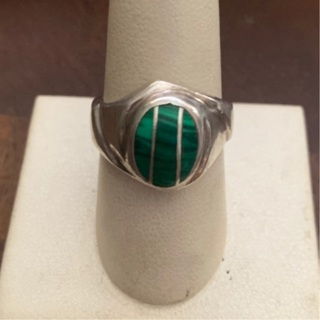 UNISEX STERLING SILVER AND MALACHITE INLAID RING SIZE 9