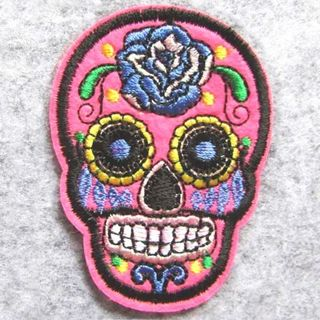1 NEW SUGAR SKULL IRON ON Patch Decorated Skull Embroidered Patches Clothing Badge