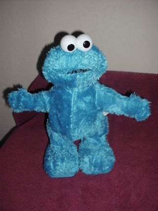 ***TMX TICKLE ME COOKIE MONSTER 3 DAYS ONLY!!!!!***