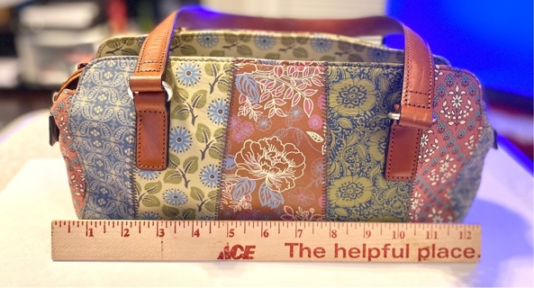 pre owned Vintage Fossil Purse great condition